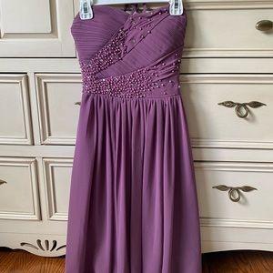 Le Chateau Beaded Short Prom/Grad/Event Dress
